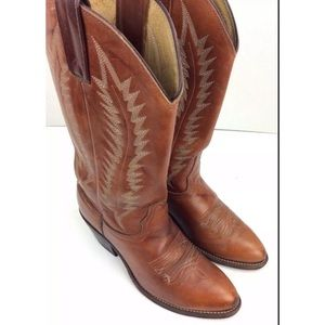 Shoes - Vintage Women's Cowboy Boots Made In USA 6 M